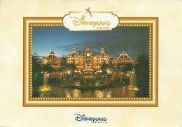 Disneyland Paris (France) Disneyland Hotel, La Nuit, By Night, Bei Nacht - Disneyland