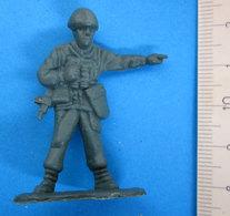 PARA VINTAGE SOLDATINO - Figurines