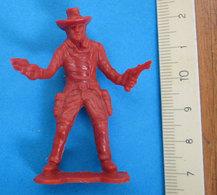 COWBOY  VINTAGE SOLDATINO RED - Figurines