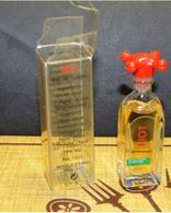 Miniature HOT BENETON  5.5 ML - Miniatures Modernes (à Partir De 1961)