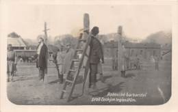 10120 - Serbie - Rakouské Barbarstvi - Pendaison - Photo Card - Serbie