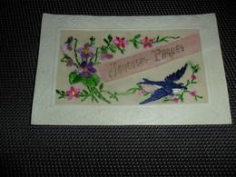 Carte Brodée ( 122 )  Geborduurde Kaart  Oiseau  Vogel - Brodées