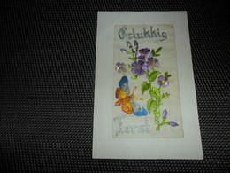 Carte Brodée ( 133 )  Geborduurde Kaart  Papillon   Vlinder - Brodées