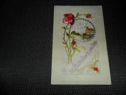 Carte Brodée ( 134 )  Geborduurde Kaart - Brodées