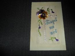 Carte Brodée ( 144 )  Geborduurde Kaart   Forget Me Not - Brodées
