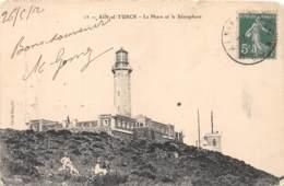 Algérie / 10387 - Aïn El Turck - Le Phare Et Le Sémaphore - Algérie