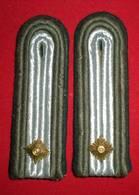 PAIRE EPAULETTES SOUS LIEUTENANT FONCTIONNAIRE MILITAIRE - LEUTNANT - Uniforms