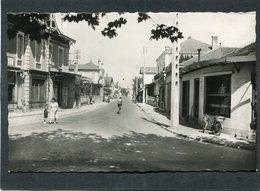 CPSM Format CPA - ARES - Route Du Cap Ferret, Animé - Arès