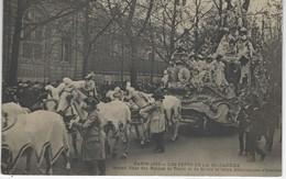 CPA 75 ( Paris ) - PARIS 1905 - LES  FETES De La MI CAREME - Grand Char Des Reines De Turin Et De Milan - Manifestations