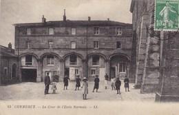 Meuse - Commercy - La Cour De L'école Normale - Commercy