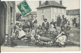 LE CHAMBON DE TENCE   GROUPE DE DENTELIERES - France