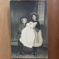 Chateaulin.carte Photo Enfants Et Bébé, Costumes Bretons,famille Le Doaré - Châteaulin