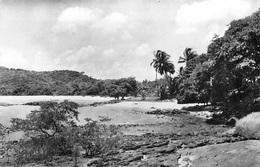 GUYANE -CAYENNE  Plage De Bourda  (Edition Gratien Cayenne  Cliché Tiburce 31)*PRIX FIXE - Cayenne