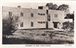 HOLMBURY ST MARY YOUTH HOSTEL - Surrey