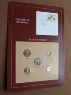 STATE OF BAHRAIN ( From The Serie Coin Sets Of All Nations ) Card 20,5 X 29,5 Cm. ) + Stamp '84 ! - Bahreïn