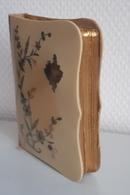 Très Beau Missel Paroissien Romain 1900 , Incrusté, Argent Et Nacre: 256 Pages Dorées Sur Tranche: Librairie Bonnetable. - Religione & Esoterismo