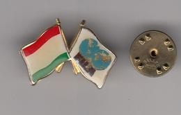 Pin Badge Hungary FILA International Wrestling Association Federation Luttes - Lotta