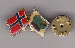 Pin Badge Norway FILA International Wrestling Association Federation Luttes - Wrestling