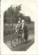 ( CYCLES  )( CYCLISTES  ) ( SPORT ) ( ANCIENNE  )1939 - Cyclisme