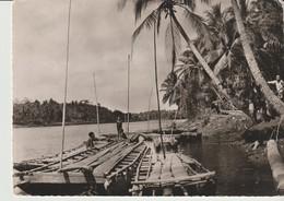C.P. - PHOTO - MISSION DE PAPOUASIE - DEBARCADERE AU BORD DU FLEUVE - - Papouasie-Nouvelle-Guinée