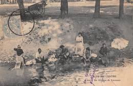 Limousin (87) - Type Du Centre - Un Groupe De Laveuses - Scènes Et Types Lavandières - France