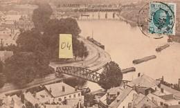 """NAMUR """"Belgique"""" Vue Générale De La Passerelle Et Du Pont De Luxembourg Animée De Péniches Avec Son Remorqueur (1923) - Namur"""