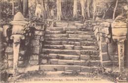Angkor Thom - Terrasse Des Elephants Et Des Desses - Cambodge