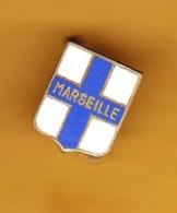Broche En Laiton émaillé - Marseille (13) - Pas Un Pin's - Ecusson - Armoiries - Blasons - Héraldique - Ville - Obj. 'Souvenir De'