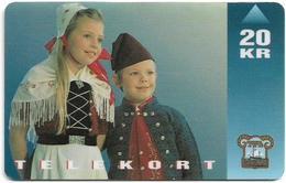 Faroe - Faroese Telecom (Magnetic) - National Costume (children) - 20Kr. - 15.000ex, Used - Faroe Islands