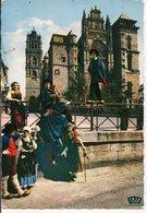 """L35B076 -  Folklore Du Rouergue - """"L'Escloupeto"""" Devant La Cathédrale Notre Dame De Rodez- - Danses"""