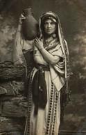 Egypte - Femme Portant Une Jarre - Carte-photo - Port-Saïd