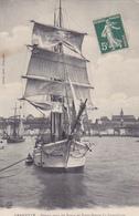 """Cpa-bateaux-50-voilier """" La Granvillaise""""- Depart Pour Terre Neuve-edi Coron - Zeilboten"""
