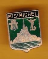 Broche En Laiton émaillé - Mont-Saint-Michel (50) - Pas Un Pin's - Ecusson - Armoiries - Blasons - Héraldique - Ville - Obj. 'Souvenir De'