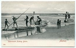 INDIA : MADRAS - CATAMARAN FISHING BOATS - India