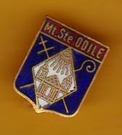 Broche En Laiton émaillé - Mont-Sainte-Odile (67) - Pas Un Pin's - Ecusson - Armoiries - Blasons - Héraldique - Ville - Obj. 'Souvenir De'