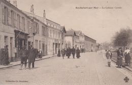 CPA Rochefort-sur-Mer - La Cabane Carrée (belle Animation Avec Tabac) - Rochefort