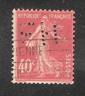 Perfin/perforé/lochung France No 194 FH  Fonds Hachette / Félix Hubin - France