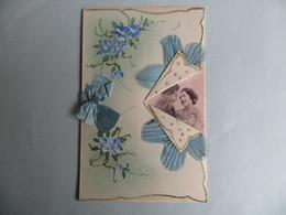 CPA Belle Carte Fantaisie Double Couple D' Amoureux Noeud De Soie Tissus Fleur - Brodées
