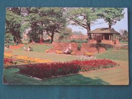 "Great Britain 1969 Postcard "" Priory Gardens, Orpington"" Bromley (post Code Slogan) To England - Machin Stamp 5d - Royaume-Uni"