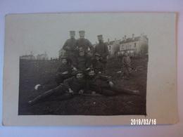 Groupe De Soldats Allemands - Inf. Rgt  99 - Uniformes