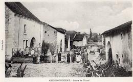Anchenoncourt  70   La Route De Chazel Tres Tres Animée-a Droite Forgeron - France