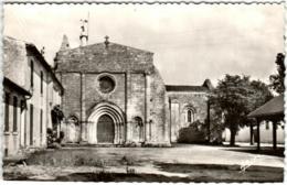 4KSI 329 ILE D'OLERON - SAINT GEORGES - PLACE DU MARCHE - L'EGLISE - Ile D'Oléron