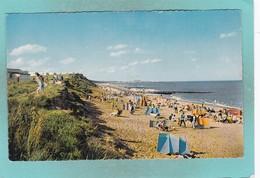 Small Post Card Of The Beach,Hopton-on-Sea, Norfolk,N72. - Folkestone