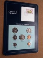 REPUBLIC OF KIRIBATI ( From The Serie Coin Sets Of All Nations ) Card 20,5 X 29,5 Cm. ) + Stamp '86 ! - Kiribati