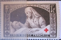 France YT 460 ** Luxe - Croix-Rouge - France