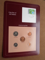 STATE OF QATAR ( From The Serie Coin Sets Of All Nations ) Card 20,5 X 29,5 Cm. ) + Stamp '86 ! - Qatar