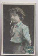 Garçon Fume Une Cigarette - CPA De 1910 - Colorisée - Animée - Smoking Boy - Enfants