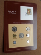 REPUBLIC OF THE PHILIPPINES ( From The Serie Coin Sets Of All Nations ) Card 20,5 X 29,5 Cm. ) + Stamp '84 ! - Philippines