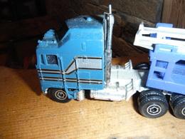 Semi-remorque Bleu - Transporteur De Voiture - Marque Yatming - Années 80-90 - Camions, Bus Et Construction