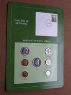 REPUBLIC OF SOUTH AFRICA ( From The Serie Coin Sets Of All Nations ) Card 20,5 X 29,5 Cm. ) + Stamp '83 ! - Afrique Du Sud
